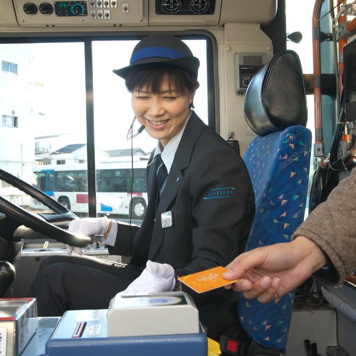 女性運転士01_1